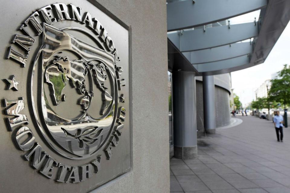El FMI ataca de nuevo