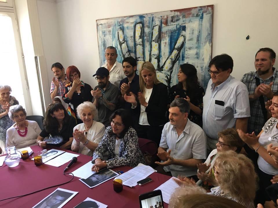 Abuelas de Plaza de Mayo – Sitio oficial anunció la recuperación de la nieta #127
