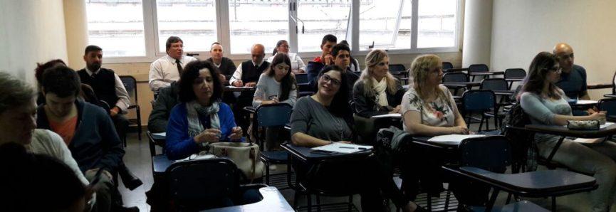COMENZARON LOS CURSOS DE PRIMEROS AUXILIOS Y R.C.P EN FCEN