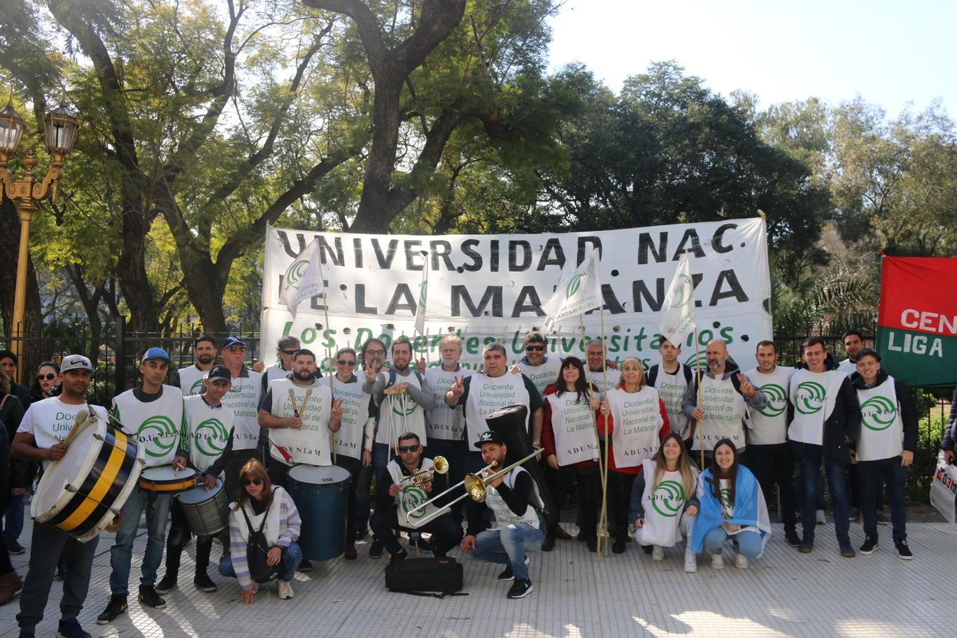 EN LA MARCHA NACIONAL POR MÁS PRESUPUESTO PARA EDUCACIÓN, CIENCIA Y TECNOLOGÍA