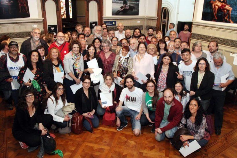 DEBATES PARA COORDINAR ACCIONES EN DEFENSA DE LOS DERECHOS HUMANOS Y LA DEMOCRACIA