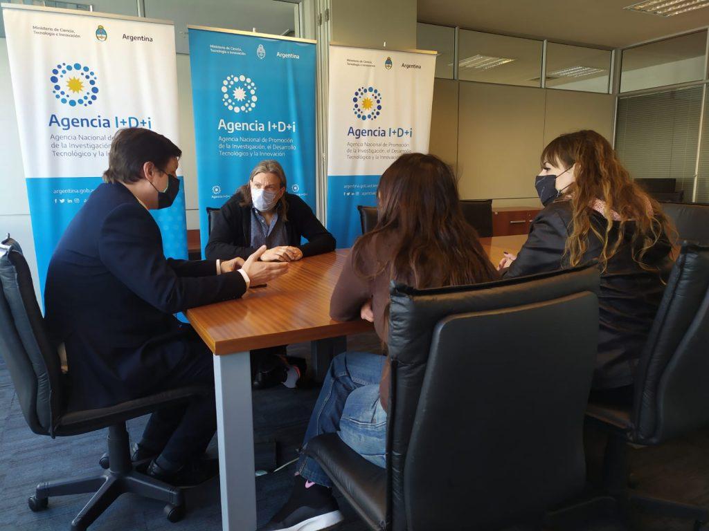 Autoridades de ADUBA y el IIES se reunieron con Fernando Peirano, presidente de la Agencia I+D+i
